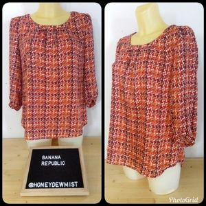 BANANA REPUBLIC Red and Orange Patterned Blouse